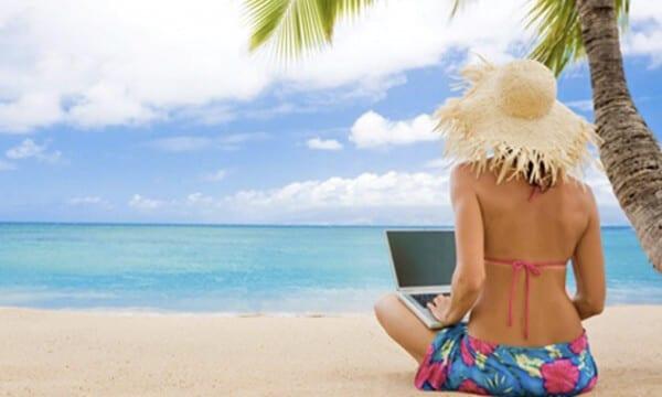 Comment animer ses réseaux sociaux pendant les vacances ?